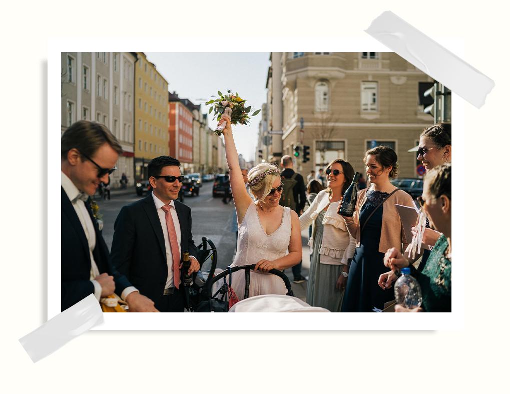 hochzeitsfotograf münchen brautpaar feiert